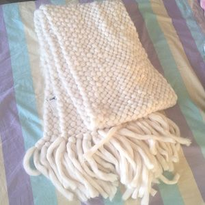 Forever21 large fuzzy scarf